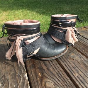 Black & Pink Cowgirl Boots Cowboy Boots Sz 8